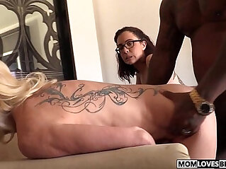 Mom Cammille and Roxanne Rae share a BBC