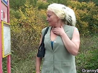 Granny whore is picked up and fucked