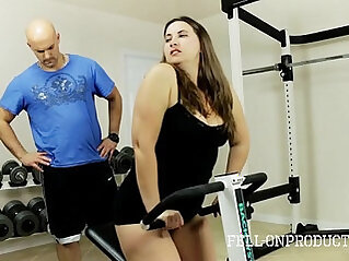 Workout stepmoms hot wet pussy in gym