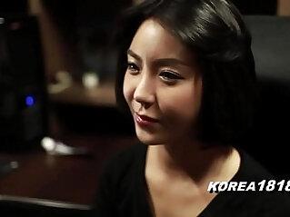 MILFtastic Korean Babe