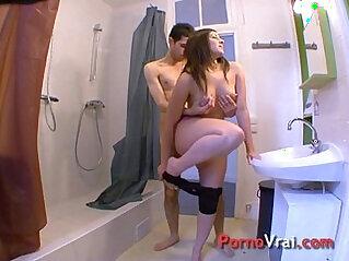 Elle a besoin de se masturber tous les jours !!! French amateur