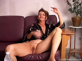 Beautiful big tits old spunker playing with juicy pussy for you