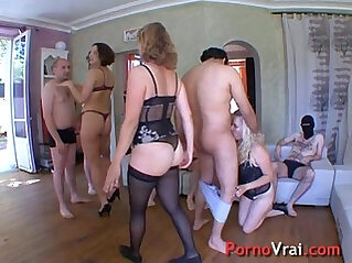 Orgy with hot bbw girls very sluts!! French amateur