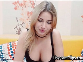 Beautiful amateur Teen On Cam Perky Big Boobs
