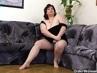 Busty and mature BBW masturbates with her vibrator