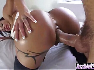 Kinky Hot Girl jewels jade With Big Butt Get Oiled And Anal video