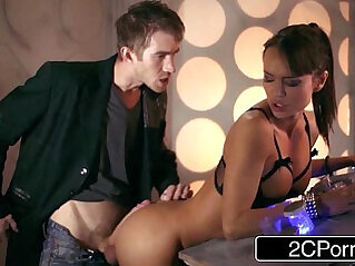 Doctor Who XXX Parody Busty asian Babe Franceska Jaimes Fucks Hero for Saving Her