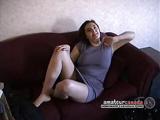 Big natural tit amateur with her hairy pussy filming BF