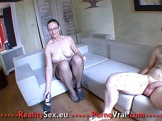 Sexy mature fuck with stranger !! French amateur
