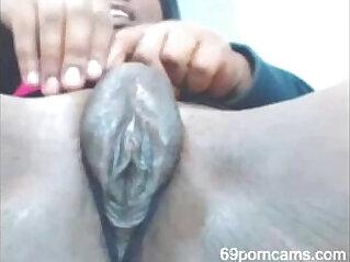 Phat phat ebony pussy finger ze