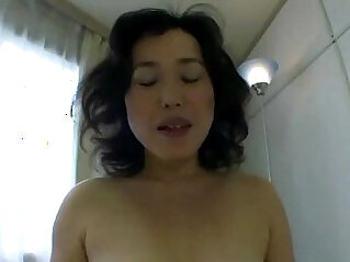 Hungry milf eats cock for very lucky guy